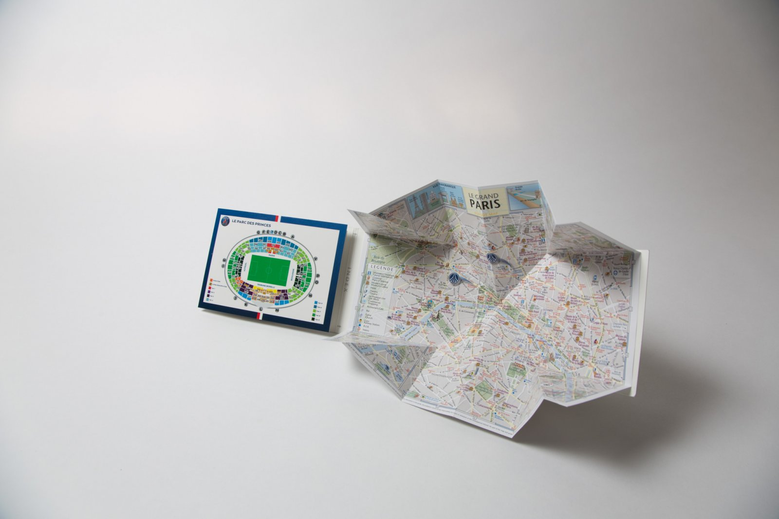 Merchandising Map Amp Fixtures Card For Psg Football Club